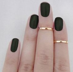 Forest green matte nails. Love this as an alternative to red during the holidays.