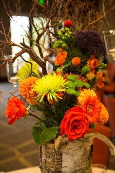 Fall wedding centerpiece at Viceroy Snowmass.  Flowers by Mountain Flowers of Aspen.  Photography by Matt Powers.