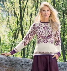 Pullover featuring elaborate floral designs based on the traditional Rosemaling patterns from the Os district. Vintage Crochet Patterns, Knit Patterns, Rosemaling Pattern, Crochet Wool, Fashion Jackson, Fair Isle Pattern, Knitting Charts, Sweater And Shorts, Couture