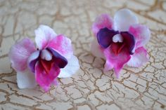 Carmina Purple Violet Orchid Screw Earrings OOAK by Herina Orchids, Trending Outfits, Unique Jewelry, Purple, Handmade Gifts, Earrings, Etsy, Vintage, Kid Craft Gifts