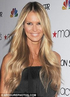 elle macpherson blonde | Lightening up: Elle's hair is now significantly more blonde than it ...