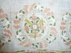 Antique Yaglik turkish silk and gold embroidered towel*******