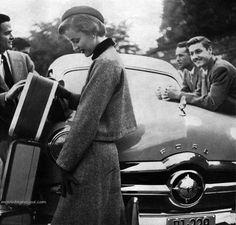 1940s Harpers Bazaar photo by Lilian Bassman