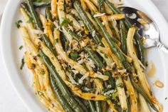 Lemon Garlic Butter Green Beans and Wax Beans Skillet Recipe — Eatwell101