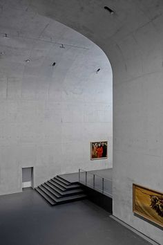 The recent completion of the Long Museum West Bund by Atelier Deshaus — an architecture firm based in China — is a spectacle of concrete curves th. Concrete Architecture, Space Architecture, Architecture Details, Exhibition Space, Brutalist, Building Design, Shanghai, Minimalism, Stairs