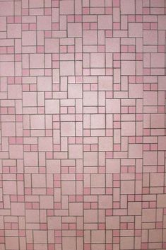 Glamorlux Nancy's 1959 pink bathroom – Retro Renovation - Modern Pink Bathroom Tiles, Pink Tiles, Vintage Bathrooms, Bathroom Flooring, Master Bathroom, Hall Bathroom, Boho Bathroom, Bathroom Ideas, Bath Ideas