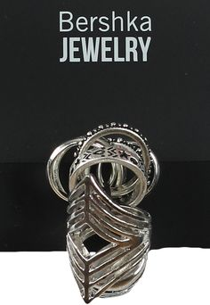 Inel Bershka Basic Silver | Kurtmann.ro Class Ring, Rings For Men, Silver, Jewelry, Men Rings, Jewlery, Jewerly, Schmuck, Jewels