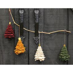 Handmade Quilt Samples,Quilting Supplies, Kits,Patterns by PrimGatheringsLB Primitive Christmas, Rustic Christmas, Christmas Crafts, Christmas Ornaments, Christmas Stuff, Christmas Trees, Christmas Sewing, Primitive Crafts, Christmas Fabric