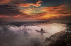 Magyar fotós világhírt szerzett - négy éve fotózza a ködbe burkolt Budapestet | DELUXE