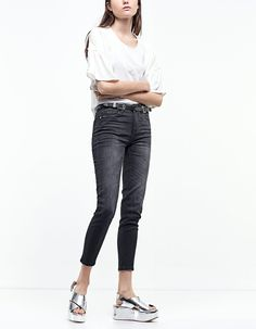 At Stradivarius you'll find 1 Skinny fit jeans for just 19.99 United Kingdom . Visit now to discover this and more Jeans.
