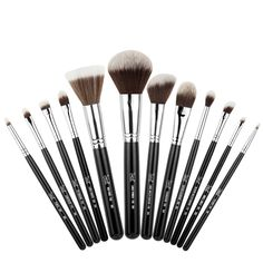 #summersigma Mr Bunny Essential Kit  The Bunny Collection featuring all synthetic brushes was specially designed to deliver a perfect makeup application. This kit contains 12 brushes from our best-selling Essential Kit that utilize the Sigmax HD filament. The brushes come in an innovative and functional container that turns into two brush holders to keep you stylish, organized and vegan-friendly!