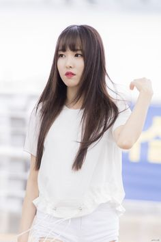 Yuju ♥ Gfriend ♥ Hair Gfriend Yuju, Female Reference, Jessica Jung, G Friend, Kpop Girls, Ulzzang, Girlfriends, Hair, Beautiful