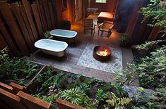 10 Gorgeous Hotel Bathrooms Around the World