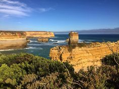 Another great day trip. This time out of Melbourne to and along the Great Ocean Road. It started as a cool cloudy day but it ended up nice with blue skies at the end of the day. This area is right next to the 12 Apostles rock formation.  #RnR2 #australia #downunder #greatoceanroad #southernocean #bluesky #outdoorsadventure #12apostles #cliffsandrocks #gowesttours @gowest_tours by eantonio64 http://ift.tt/1ijk11S