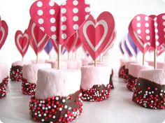 Valentine Day Dipped Marshmallows. Easy to make.