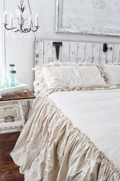 8 Plentiful Cool Tips: Shabby Chic Furniture Blue shabby chic diy mint green.Shabby Chic Blue And White shabby chic style bedroom. Ruffle Bedspread, Ruffle Pillow, Coverlet Bedding, Chic Bedding, Luxury Bedding, Bedding Sets, Shabby Chic Bedrooms, Shabby Chic Homes, Shabby Chic Furniture