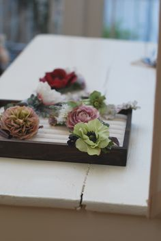 flower corsage フラワーコサージュ http://www.vingtquatre.com