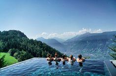 Schon vier Mal war ich in dieser ganz besonderen Region in Italien und möchte euch meine Meran Sehenswürdigkeiten zeigen. Die schönsten Bergseen...