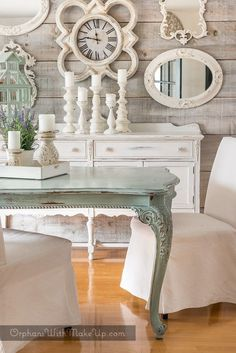 This is the perfect color for our beach dining table. And look at those walls!! Yes!! So beachy looking!