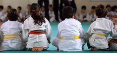 """""""Il Judo è amico dei bambini"""". Tra le arti marziali è la meno violenta e la più adatta ai bambini, è..."""