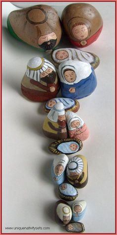 Painted rock nativity sets - an alternative to traditional christmas decor christmas fun, christmas nativity Christmas Rock, Christmas Nativity, Christmas Ornaments, Felt Ornaments, Merry Christmas, Painted Rocks Craft, Hand Painted Rocks, Painted Pebbles, Painted Stones