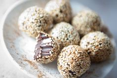 Cinnamon tahini truffles have changed the way I think about the tahini forever. Tahini, sesame seed paste, is used a lot in Middle Eastern cooking, but until recently had only used it in savory dis… Healthy Desserts, Raw Food Recipes, Dessert Recipes, Cooking Recipes, Healthy Food, Vegan Truffles, Raw Desserts, Vegan Treats, Galette