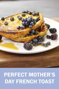 Wondering what to make for the perfect Mother's Day brunch? Look no further! Our Executive Chef shared his perfect Mother's Day French Toast recipe so you can show your mama how much you care! Fairmont Chateau Lake Louise, Mothers Day Brunch, Executive Chef, Banff National Park, Breakfast In Bed, French Toast, Treats, Easy, Recipes