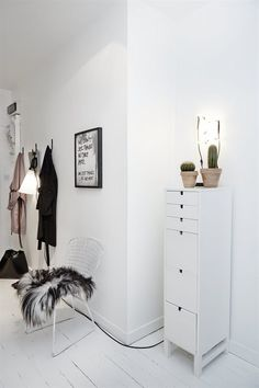 vastanhem, http://trendesso.blogspot.sk/2013/11/beautiful-stylish-apartment-nadherny.html