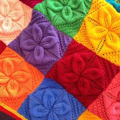 Crochet Leaf Patterns, Crochet Leaves, Baby Patterns, Knitting Patterns Free, Hand Knit Blanket, Blanket Shawl, Chunky Blanket, Blanket Crochet, Knitted Afghans