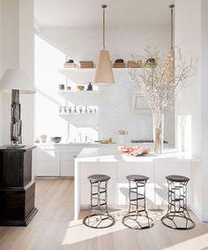 Quieres renovar tu pequeña cocina? Te damos 10 ideas inspiradoras para transformarla en la cocina de tus sueños!
