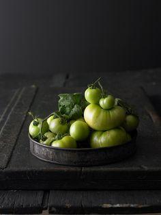 """(In English below) Je suis récemment tombé amoureux d'un nouveau style en photographie culinaire appelé en Anglais """"lumière mystique"""". Il s'agit d'utiliser des matéria…"""