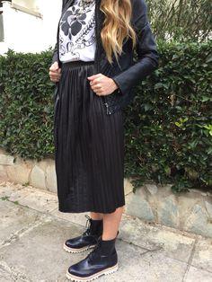 #sisterhoodk #streetstyle #ootd #fashion #style #greekbloggers #blogger #stylish #wearthistoday sisterhoodk.blogspot.com