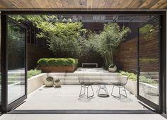 julie-farris-manhattan-garden-french-doors-steel-townhouse-stone-patio-gardenista-DSC-1591