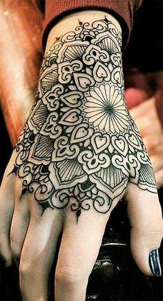 59 ideas body art manos for 2019 Mandala Hand Tattoos, Side Hand Tattoos, Hand Tats, Hand Tattoos For Women, Hand Henna, Dope Tattoos, Pretty Tattoos, Arm Tattoos, Body Art Tattoos