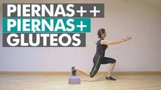 Rutina de ejercicios recomendada para fortalecer las piernas y glúteos con nuestro peso, haciendo un trabajo más intenso al añadir resistencia variando la altura en unos de los pies.