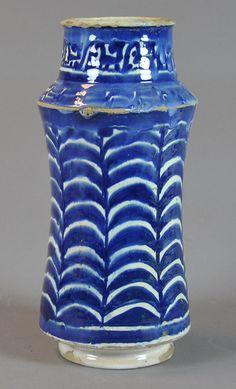 pharmacy jar, 15th century Valencia Inventario: FC.2014.02.17