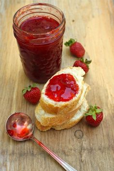 Honey strawberry jam. I'm so making this for sandwiches and to add to yogurt. No sugar, uses honey.