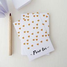 Lot de 18 cartes/étiquettes cadeaux illustrées de petits cœurs