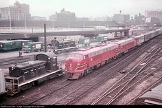 The Rocky Mountain Rocket was one of the Rock Island's first such trains, hitting the rails in 1939 between Chicago and Denver adorned in a beautiful stainless-steel and crimson livery. Chicago Map, Chicago Area, Chicago Illinois, Rock Island Railroad, Islands In The Pacific, Railroad Pictures, Denver City, Milwaukee Road, New York Central