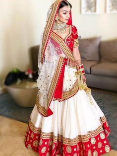 Lehenga Choli Designs, Wedding Lehenga Designs, Indian Lehenga, Red Lehenga, Anarkali, Bengali Saree, Lehenga Style, Bollywood Saree, Bollywood Fashion