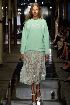 Christopher Kane | Spring 2014 Ready-to-Wear Collection | Style.com
