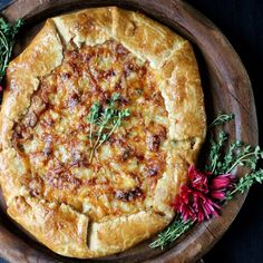 A stunning side-dish for any Thanksgiving table, Sweet Onion Galette w/ Fontina & Thyme has <10 ingredients and takes only an hour to bake.