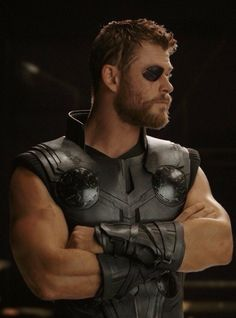 Thor Ragnarok Movie Scene with Thor and his New Eye patch from fight with Hela, Check out 21 Thor Ragnarok Easter Eggs - DigitalEntertainmentReview.com