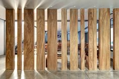 Image 13 of 19 from gallery of Punto Surf / Elías Rizo Arquitectos. Wall Design, House Design, Partition Design, Wood Partition, Cafe Interior, Interior Design, Wall Treatments, Wooden Walls, Office Interiors