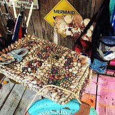 Table  decorated in #seashells at The Rain Barrel Artisan Village, Islamorada, Florida #ilovetravel