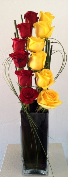 ˚Like this arrangement, but with tulips and different colours, of course