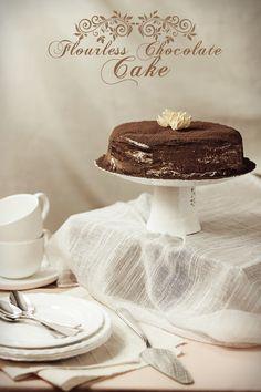 Flourless chocolate cake : 8 eggs, 11 oz (at least 50% cocoa) chocolate  ,1 tbsp vanilla extract ,1/4  tsp salt