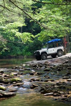 My D90 in Tennessee's Cherokee National Forest © 2013 Holt Webb. Land Rover Defender. #defender Más