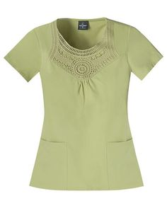 This is beautiful and classy!!!  Seriously want this top!