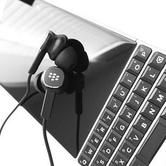 I must say the earbuds that came with my sound as good as they look! Blackberry, Smartphone, Gadgets, Good Things, Electronics, Sayings, Beauty, Instagram, Male Bedroom